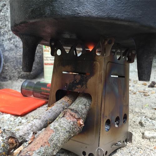 Fireant Titanium Stove in use, Emberlit